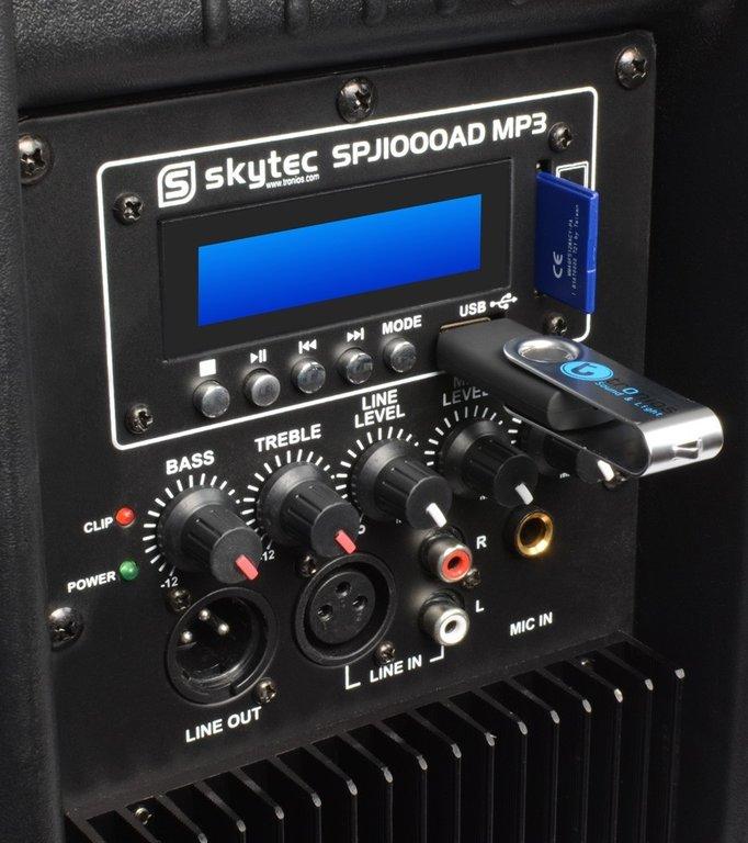 achterkant van Skytec SPJ Actieve 10 inch speaker met usb en sd ingang die gehuurd kan worden