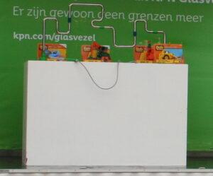 zenuwspel met cadeautjes op groene achtergrond die te huur is